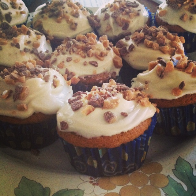 Ina Garten's Pumpkin Cupcakes with Maple Cream Cheese Frosting ...